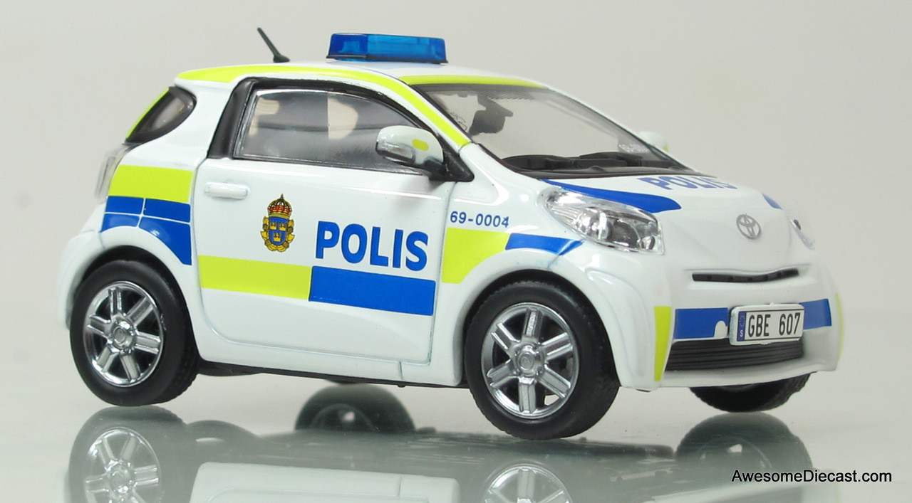 j collection 1 43 toyota iq stockholm city police car awesome diecast. Black Bedroom Furniture Sets. Home Design Ideas