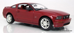 Minichamps 1:43 2005 Ford Mustang GT