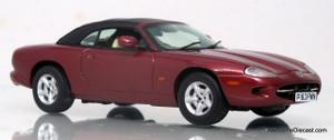 Vitesse 1:43 Jaguar XK8 Coupe (Red)