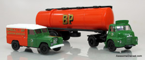 Corgi 1:50 Bedford S Type w/ Articulated Cylindrical Tanker & Land Rover - BP/Shell