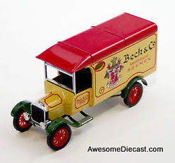 Matchbox 1:43 1926 Model TT Ford Van: Beck's