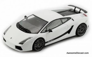 AutoArt 1:43 2010 Lamborghini Gallardo Superleggera: Metallic White