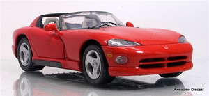 Car Collector's Club 1:24 1997 Dodge Viper RT/10