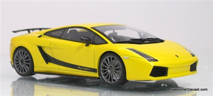 AutoArt 1:43 Lamborghini Gallardo Superleggera: Metallic Yellow