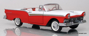 Franklin Mint 1:24 1957 Ford Skyliner