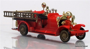 Code 3 Replications 1:64 Fire Truck Ahrens Fox