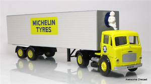 Corgi 1:50 Leyland Beaver Box Trailer: Michelin Tires