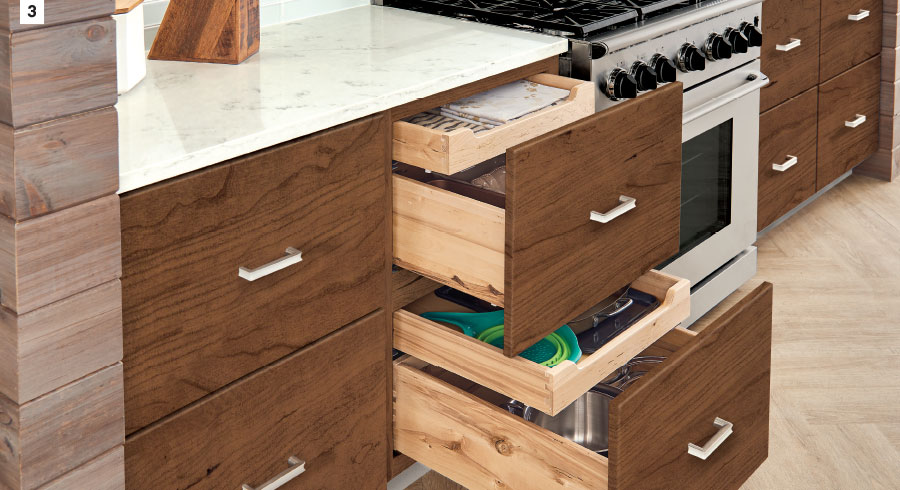 KraftMaid - Deep Drawer Combination