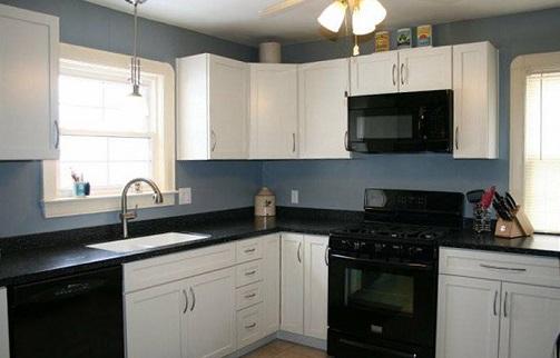 clovers-kitchen.jpg