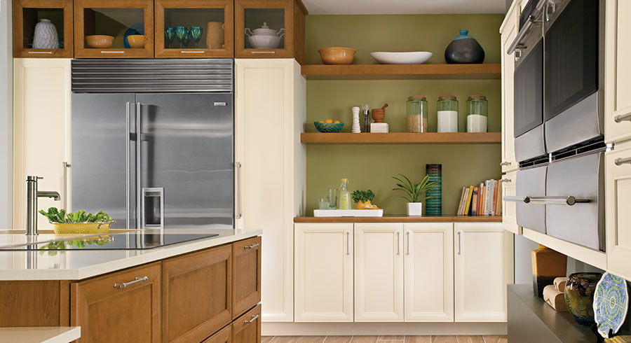 5 storage solutions for your new kitchen cabinets unlimited for Kraftmaid storage solutions