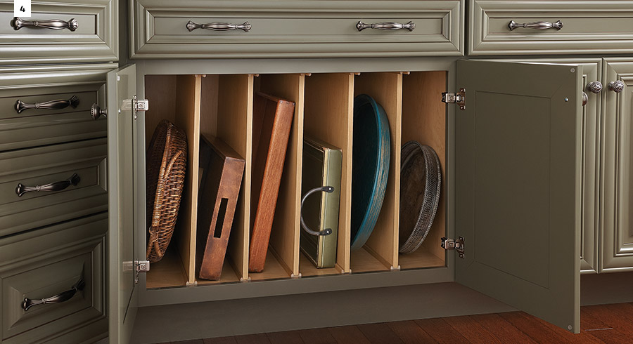 5 must have storage solutions for your new kitchen kraftmaid for Kraftmaid closet systems