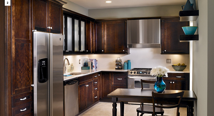 Popular kitchen layouts the l shaped kitchen kraftmaid for Kraftmaid closet systems