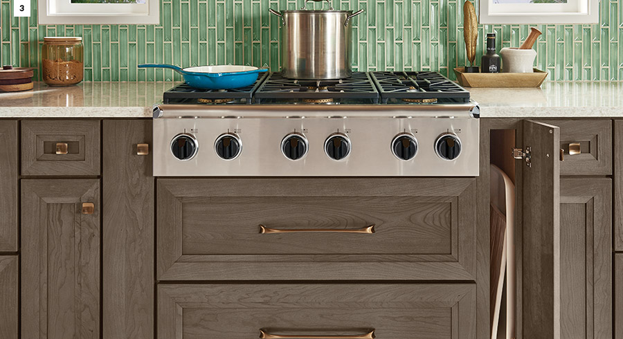4 storage solutions for a kitchen that gets creative for Kraftmaid storage solutions