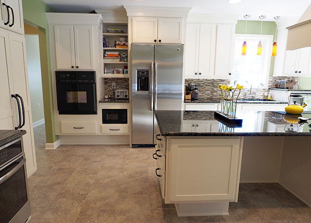 How to design a universal kitchen like this award winner for Kraftmaid closet systems