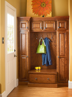 Oak Entryway In Autumn Blush Kraftmaid