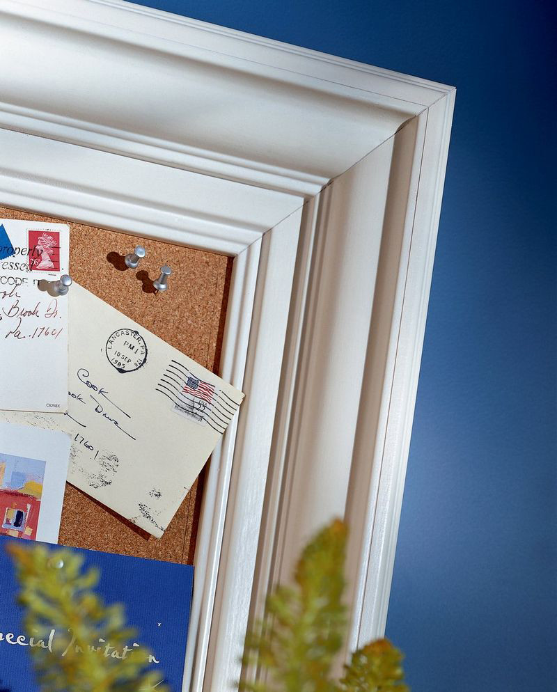 Moldings And Accents At Kraftmaid Com: Classic Crown Molding As Corkboard Frame