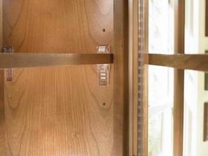 Adjustable Shelf Clips
