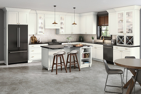 Merveilleux Dove White On Maple Kitchen With Glass Doors