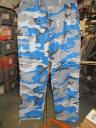 NEW-ONE-REGAL WEAR CARGO PANTS/TROUSERS STYLE 6CP01 TEAL CAMO SIZE W-40-L-34