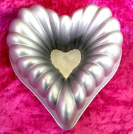 Heart Shaped Bundt Pan (17cm)