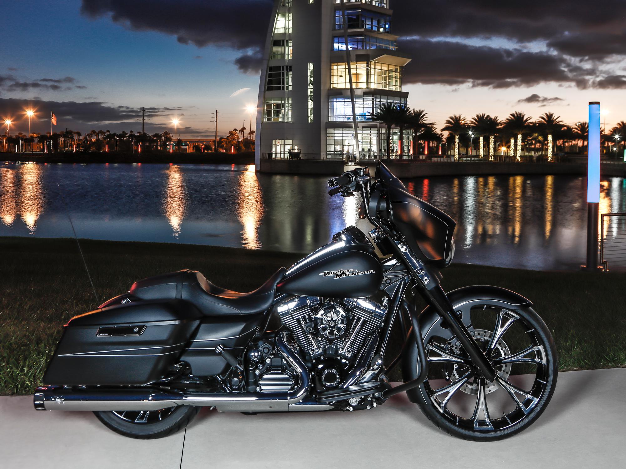 Harley Davidson Custom Wheels Street Glide Road Glide