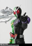 S.H.Figuarts (Shinkoccou Seihou) Kamen Rider W Cyclone Joker Action Figure