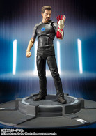 S.H.Figuarts Tony Stark with Stage Action Figure