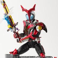 S.H.Figuarts (Shinkoccou Seihou) Kamen Masked Rider Kabuto Hyper Form Action Figure (Completed)