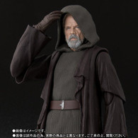 S.H.Figuarts Luke Skywalker (The Last Jedi) Action Figure (Completed)