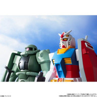 DX Soft Vinyl Suit Gundam / Zaku
