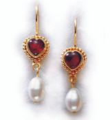 Classical Heart Earrings, vermeil - 5th Century B.C., Lowe Art Museum, University of Miami - Photo Museum Store Company