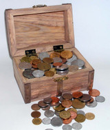 Collector's TREASURE CHEST 100 FOREIGN COINS - Actual Authentic Collectable - Photo Museum Store Company