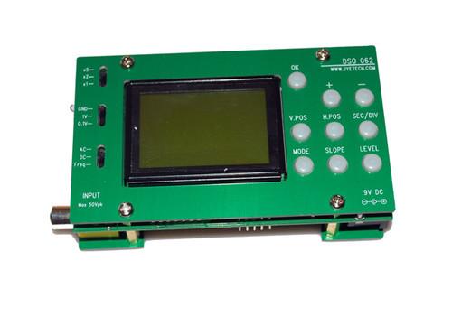 Digital Storage Oscilloscope with Panels