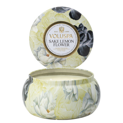 Featuring luscious notes of lemon with a hint of chilled rice sake wine and then rounded out by lemon flower... this is a scent that warms your heart and home!