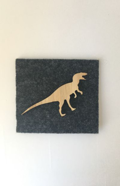 This is scary tyrant of a Dinosaur brooch is ideal to pin on your outfit, bag, scarf or a give as a fantastic gift.
