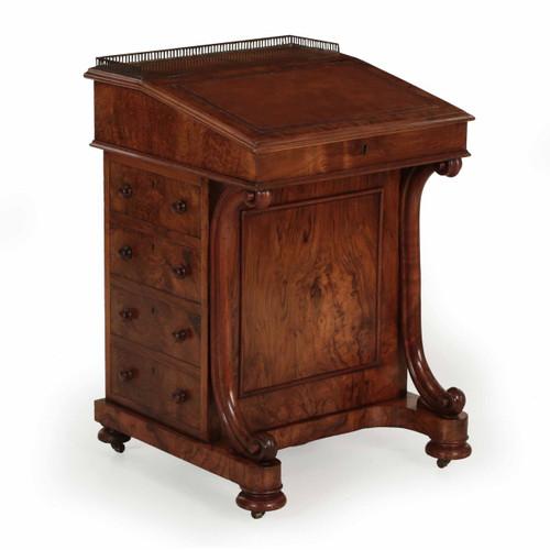 William IV Circassian Walnut Davenport Desk, London c. 1850
