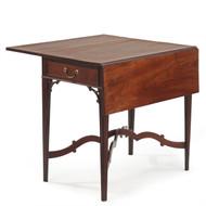 American Chippendale Pembroke Table, Philadelphia, 18th Century