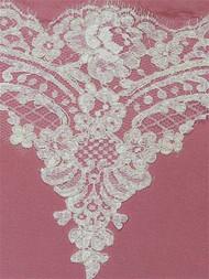 P2662 White Alencon Lace Trim