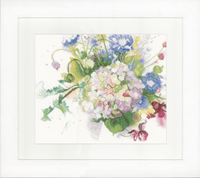 Counted Cross Stitch Kit: Hortensia (Linen)