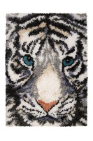 White Majesty Latch Hook Rug  By Grafitec
