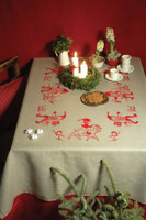 Santa's in a Ring: Tablecloth Embroidery Kit By Anchor