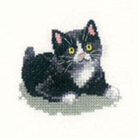 Black And White Kitten Cross Stitch Kit For Beginners