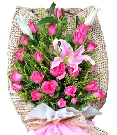 24 pink Roses & Stargazer bouquet