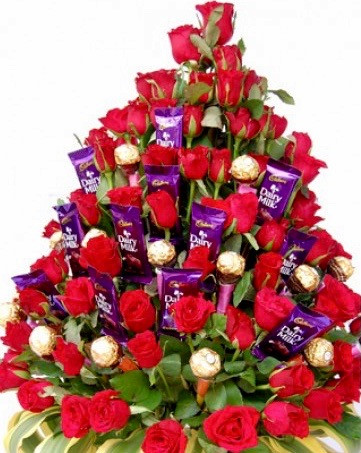 Príncipe Azul Roses & Sweets Bouquet
