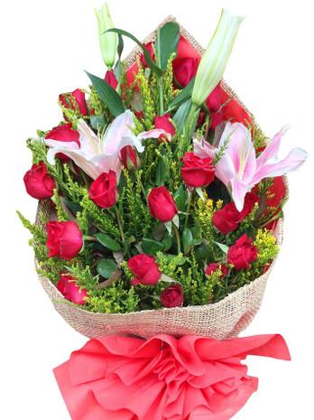 24 Red Roses & Stargazer