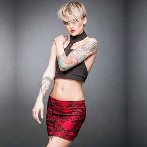Red skull pattern skirt