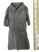 Mei Xuebeng - Overcoat