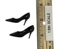 Bare Shouldered Evening Dress - High Heels (Black)