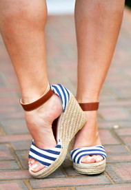 Resort Fling Wedge - Navy/White***FINAL SALE***