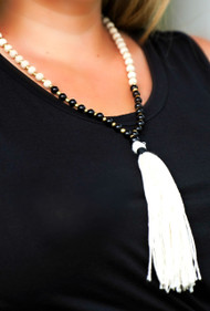 Throw Me A Line Necklace - Black & Cream